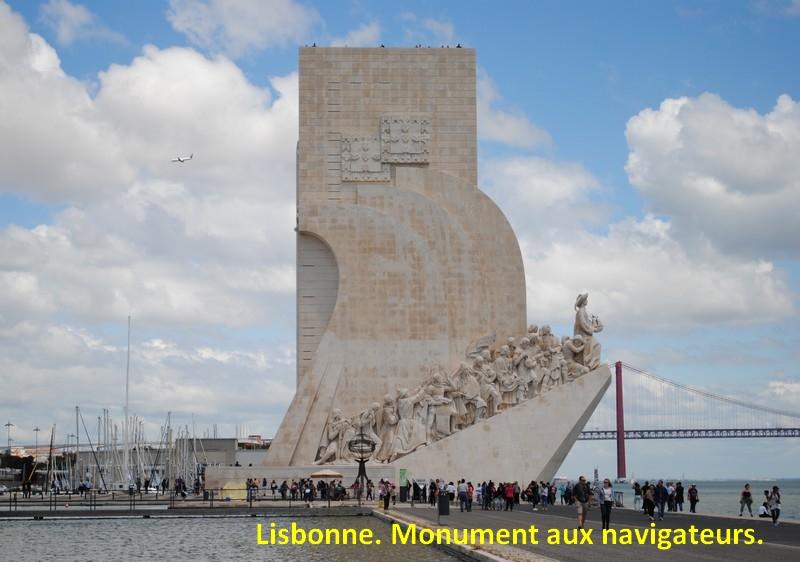 112 Lisbonne. Monument aux navigateurs